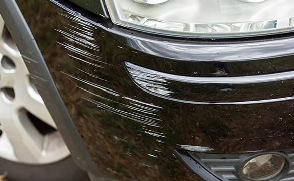 uszkodzony-samochod